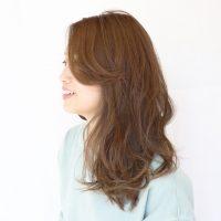 ストレートアイロンの巻き方は4パターンある!?アレンジの種類を美容師に聞いてみた