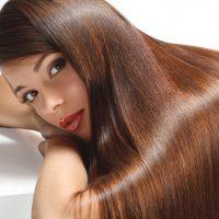 髪の毛をキレイに伸ばすには?プロに聞く、ショートとミディアムの伸ばし方