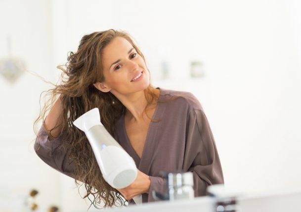 風量が強いだけのドライヤーでは、プロの技は再現できない!美容室シェアNo.1※「Nobby」の家庭用が発売!