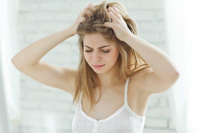 湿気による髪の「うねり・広がり」は普段のケアに原因あり!?梅雨時の対策をプロに聞いてみた