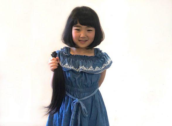 【子どもから大人まで】ばっさりカットした髪が素敵なプレゼントに。ヘアドネーションの条件や方法って?